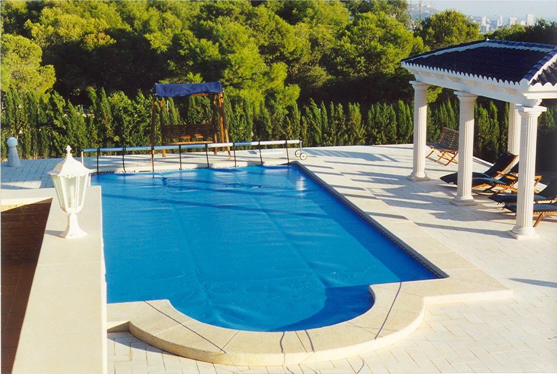 Entrenamientos en una piscina ponte en forma tecnopool - Mantas termicas para piscinas ...