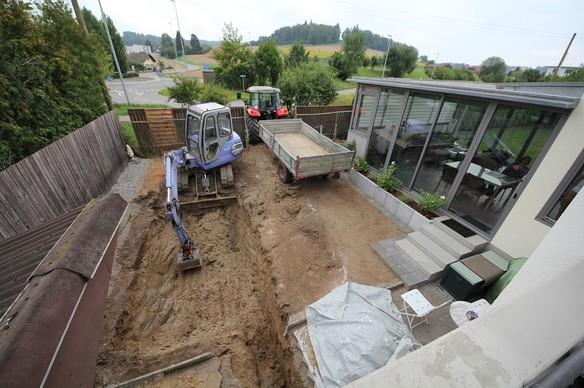 Alquilar una excavadora puede ayudar mucho